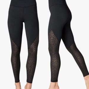 NEW Beyond Yoga High Rise Lace Leggings S